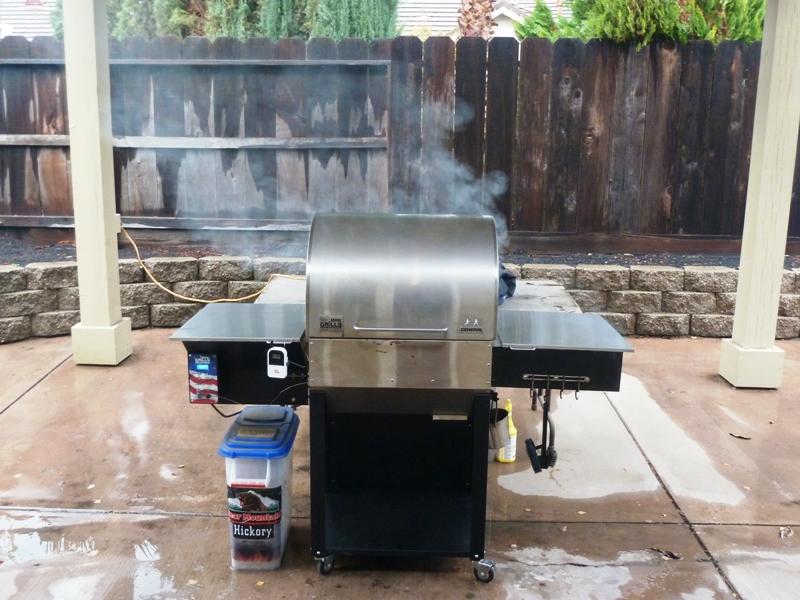 Wood pellet smoker-grill